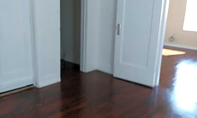 Bedroom, 100 S Fairmont St, 1
