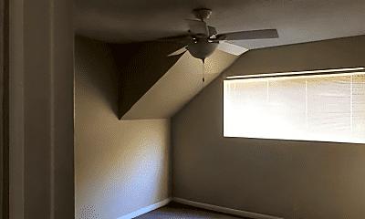 Bedroom, 914 N Palomares St, 2