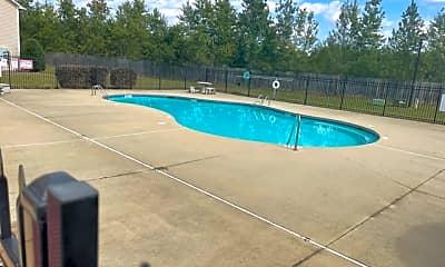 Pool, 1309 Kershaw Loop, 2