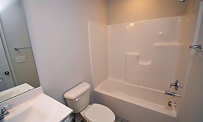 Bathroom, 1057 Shoreside Dr, 2