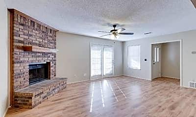 Living Room, 528 Essex Pl, 1