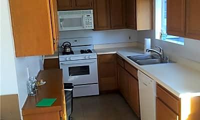 Kitchen, 11482 Moorpark St 06, 1