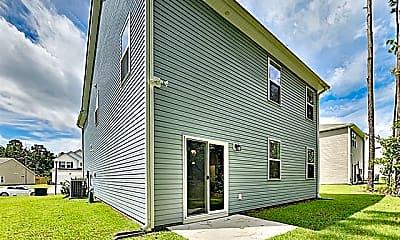 Building, 107 Doral Blue Drive, 2