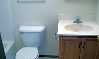 Bathroom, 1206 Wesley Ave, 2