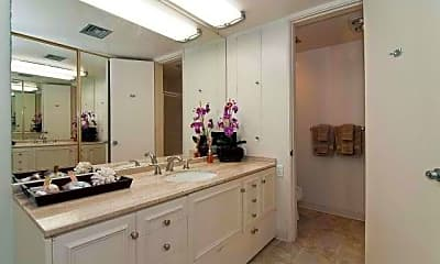 Bathroom, 4999 Kahala Ave 450, 2