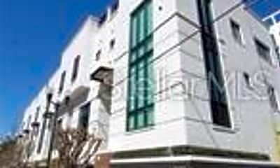 Building, 465 E South St 22, 0
