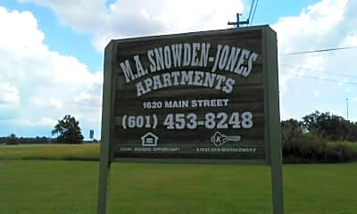 M.A. Snowden-Jones Apartments, 1