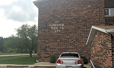 Lakeview Terrace Apartments, 1