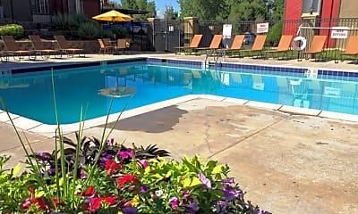 Pool, Pembrooke on the Green, 0