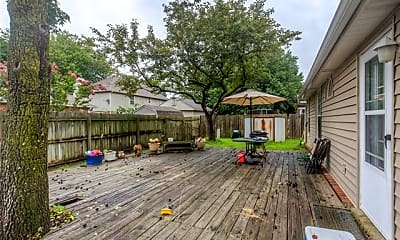Patio / Deck, S Date Ave, 2
