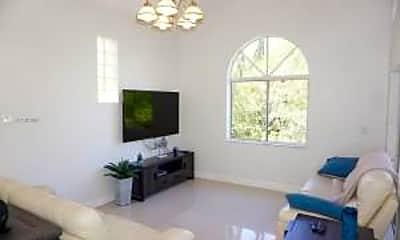 Living Room, 1057 SE 6th Ave, 1