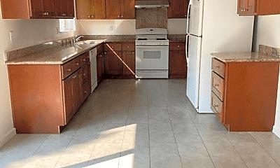Kitchen, 3724 Mauney Ct, 1