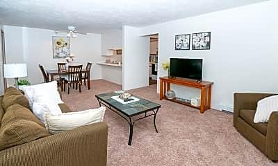Kuder Estates Apartments, 2
