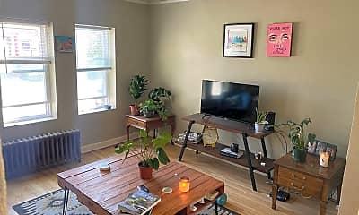 Living Room, 2237 N Hubbard St, 0