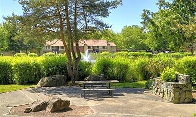 Landscaping, Woodlake, 1