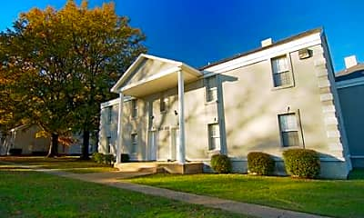 Building, Salem Manor, 0