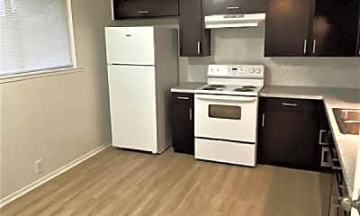 Kitchen, 921 Fetick Ave, 1