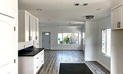 Living Room, 5506 Ruthelen St, 1