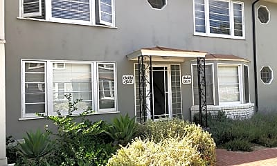 Building, 13010 Moorpark St, 1