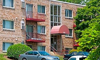 Hilltop Apartments, 0