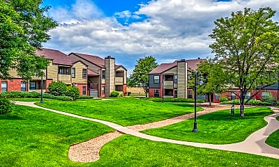 Building, Country Club West Apartments, 2