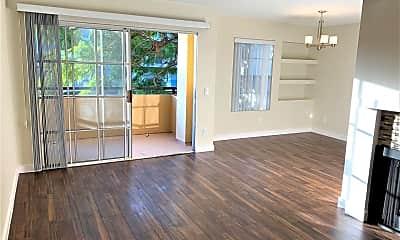 Living Room, 960 N Alfred St, 1