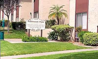 Robinwood Plaza, 1