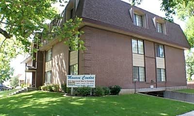 Building, 585 N 400 E, 0