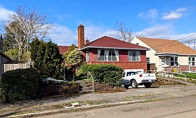 Building, 6115 NE Clackamas St, 0