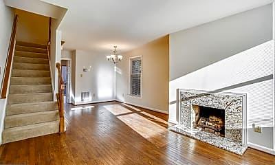 Living Room, 544 N West St, 1
