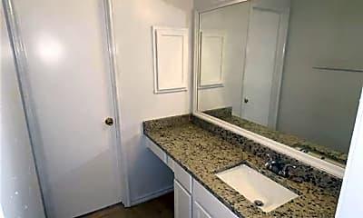 Bathroom, 4504 Teal Glen St, 2