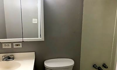 Bathroom, 208 Palmyra St, 2
