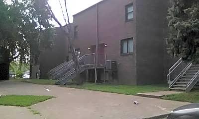 Smoketown Apartments, 2