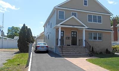 Building, 105 Washington Ave 2, 1