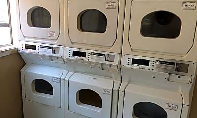 Macon Pointe Apartments, 2