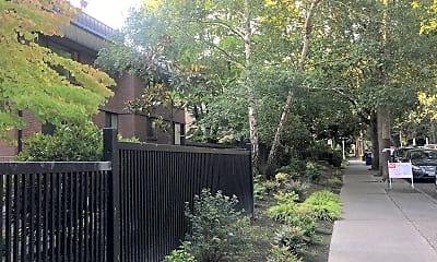 Parkridge apartments, 2