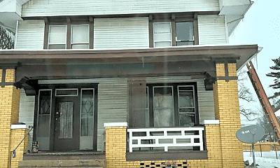 Building, 824 E Blackford Ave, 0