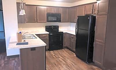 Kitchen, 596 N Hillcrest Pkwy, 2