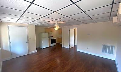 310 N Austin Springs Rd 3, 1
