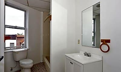 Bathroom, 203 Academy St 422, 2