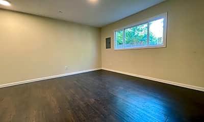 Living Room, 4125 NE 82nd Ave, 2