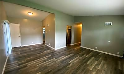 Living Room, 2370 Oriole Dr, 1