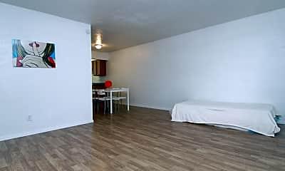 Whisperwood Apartments, 1