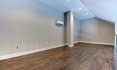 Living Room, 59 Willet St 17, 2