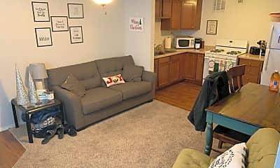Living Room, 1524 Fair Ln, 0