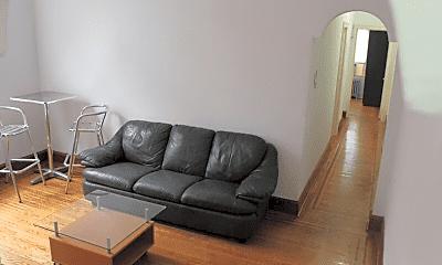 Living Room, 4054 Chestnut St, 0