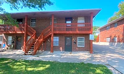 Building, 3512 S Lynn St, 2