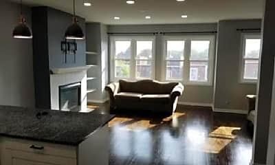 Living Room, 4346 S Lake Park Ave, 0