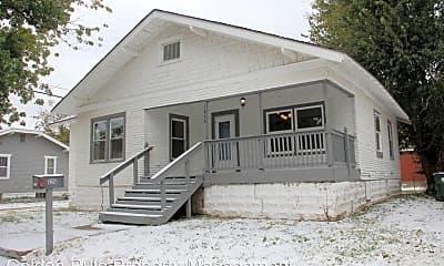 Building, 1215 N Maple St, 0