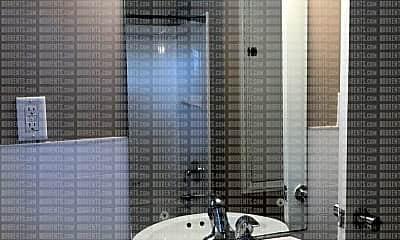 Bathroom, 2703 Roosevelt Blvd, 2
